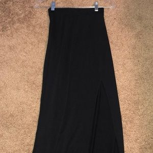 Black express maxi skirt with slit